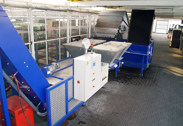 Logitec filling and mixing hoppers